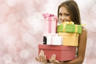 woman-presents-gifts-too-good-to-give-away_article_new
