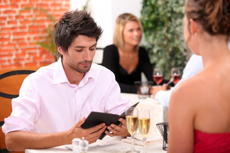 Why Guys Should Pay for Dinner eharmony Advice