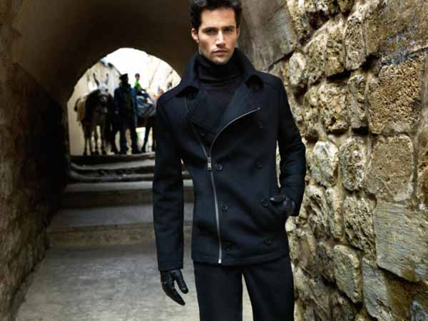If you need a new winter coat, these are the 8 styles you should be considering this year. From puffer jackets to peacoats, these are the best men's winter coats you can buy in Men's Fashion.