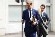 blue-suits-at-pitti-uomo-street-style-gq-tomm-l-eflgaq