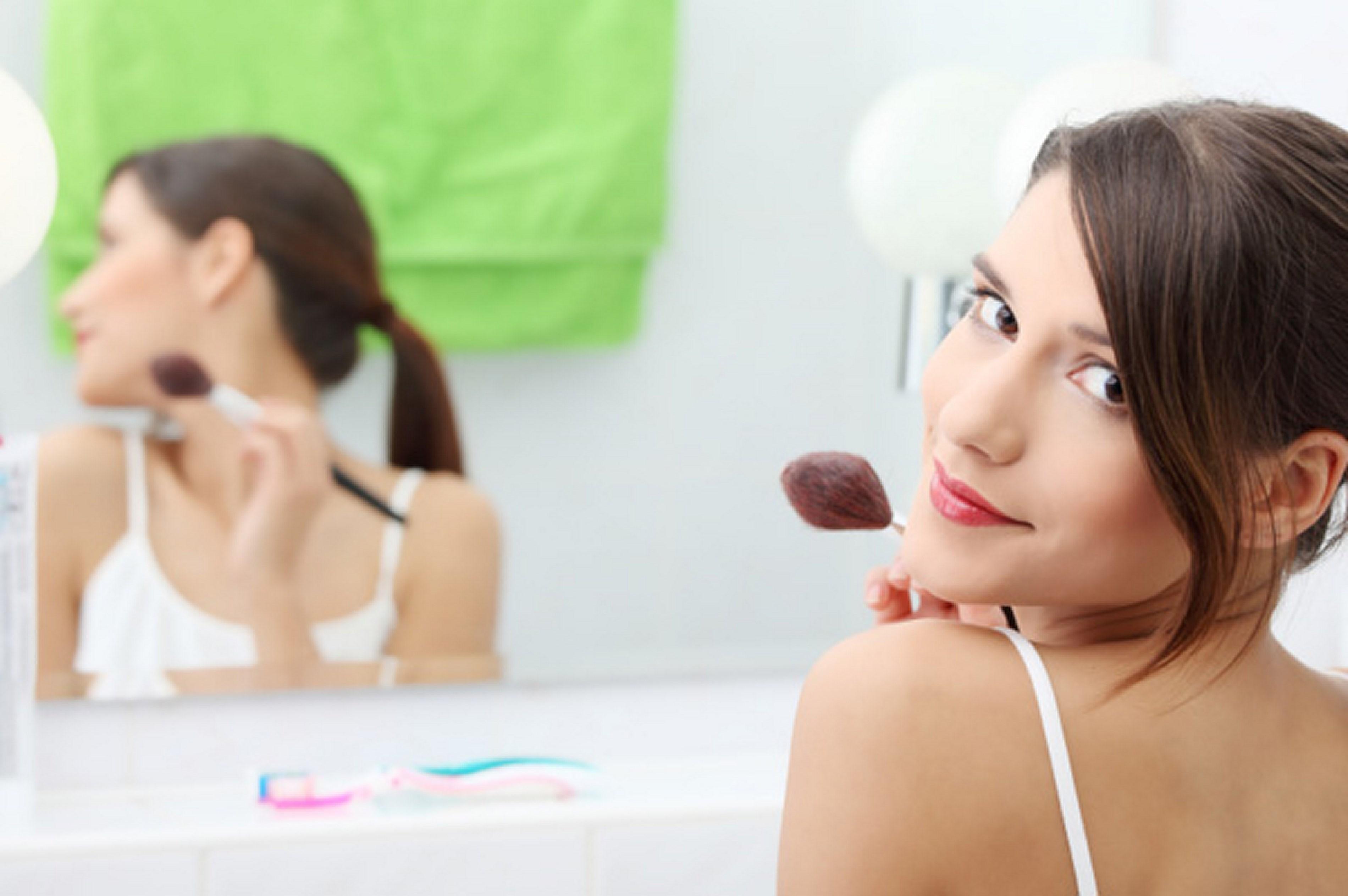 Фото голых девочек перед зеркалом, Девушки у зеркала KyKyRyzO 13 фотография