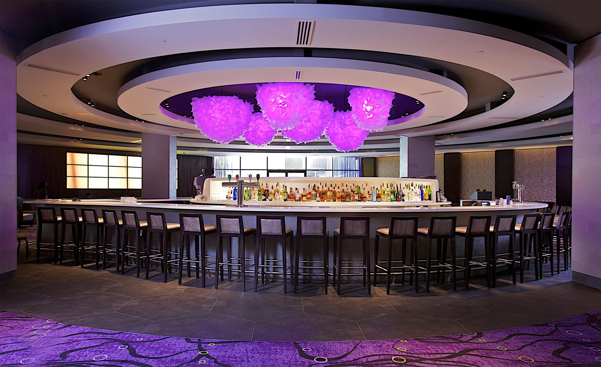 bar dating montreal